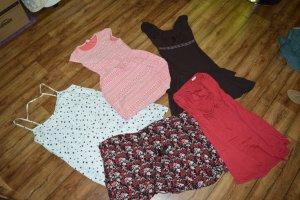 5 tolle Sommerkleider im Paket Gr. 42/44 und 3 Neu/2 getragen