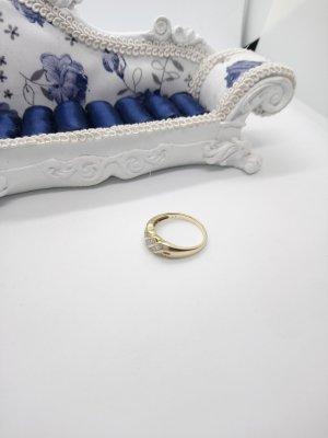 585 Gold Ring