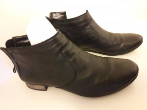 5th Avenue 37 Butterweiches Leder Booties Stiefeletten