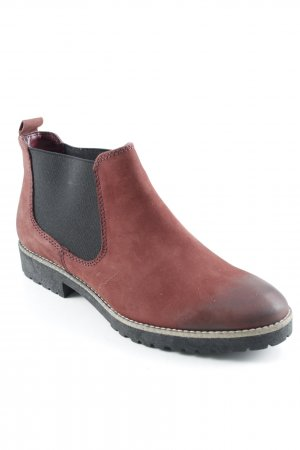 5th Avenue Chelsea Boots dunkelrot-schwarz Street-Fashion-Look