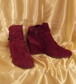 5th Avenue Wedge Booties red suede
