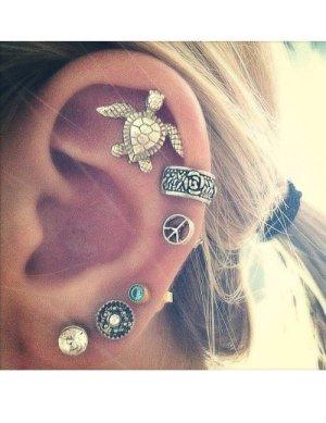 Clou d'oreille multicolore