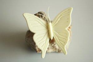 Spilla beige chiaro