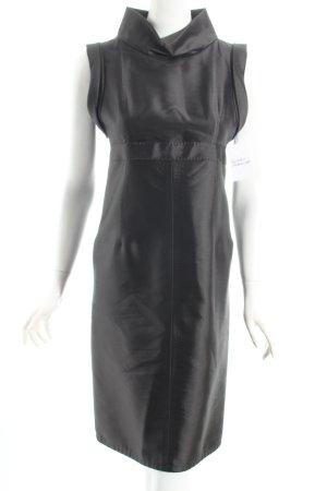 6267 Etuikleid dunkelgrün extravaganter Stil