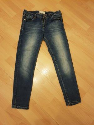 Stradivarius Jeans a 7/8 blu