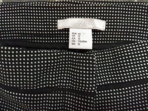 H&M Pantalon 7/8 blanc-noir