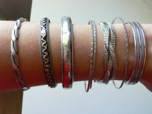 7 antike Armreifen und ein Armband Silber 925