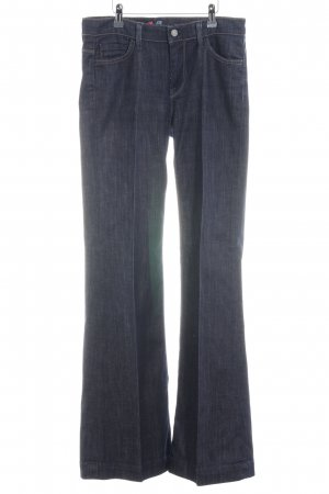 7 For All Mankind Vaquero acampanados azul oscuro look casual
