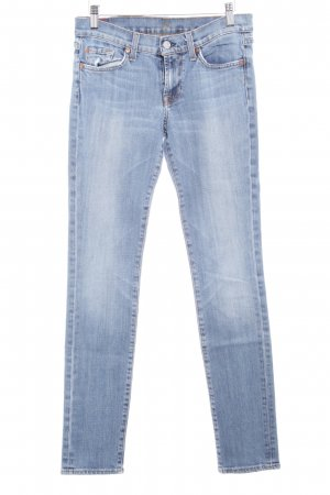 7 For All Mankind Vaquero pitillo azul celeste look casual