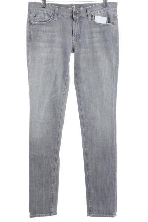 7 For All Mankind Slim Jeans hellgrau Street-Fashion-Look