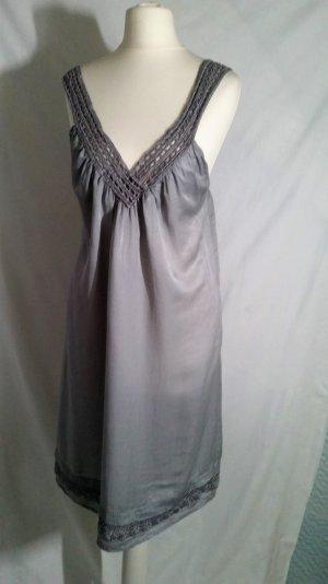 70% Sale!!! Seide! Broadway Kleid M V-Ausschnitt hinten Grau