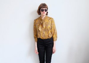 70s schluppenbluse glanz gold paisleymuster S