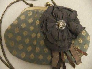 Mini Handtasche mit Blumenapplikation