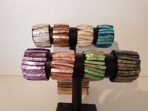 8 Stk. Armbänder