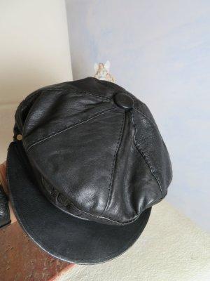 80s Vintage Schwarz Lederkappe weiches Leder Barett Baskenmütze Schirmmütze Schieberkappe Batschkapp Berlin Grunge