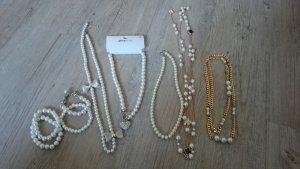 9-teiliges Schmuckset mit Perlen