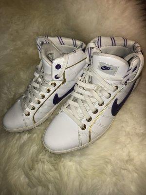 90ies Style Nikes