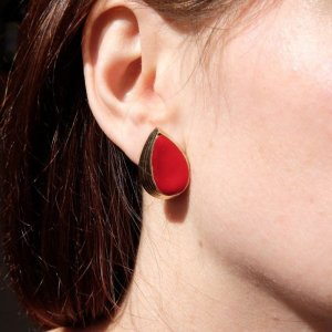 Ear stud brick red-gold-colored