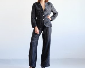 Pinstripe Suit black-white linen