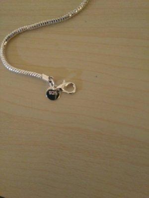 Bracelet en argent gris clair