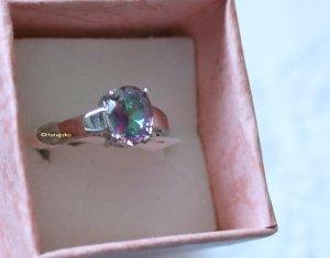 925 Silber Ring - neu - mit funkelndem Stein - 18,2mm