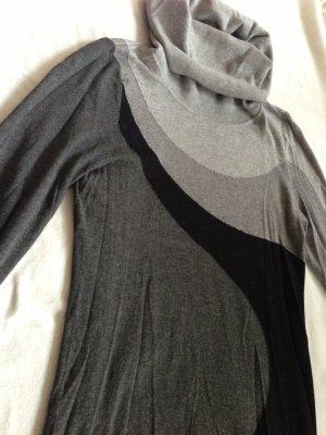 Strickkleid von H&M in verschiedenen Grautönen mit schwarz Gr. S