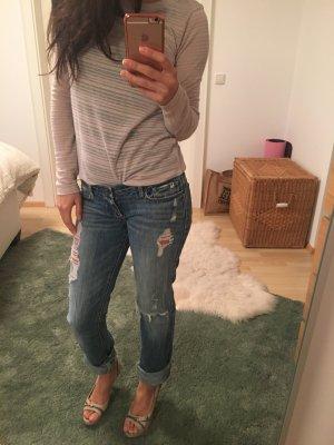 A&F Boyfriend ripped Jeans, Gr 24/25