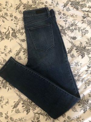 Abercrombie & Fitch Jeans a vita alta blu scuro-nero