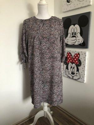A-Linien-Kleid