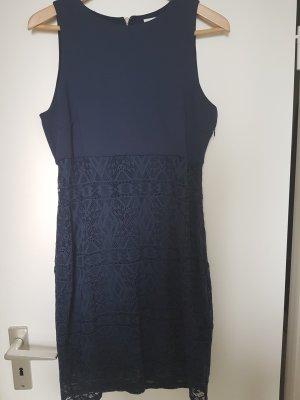 A-Linien Kleid mit Spitze