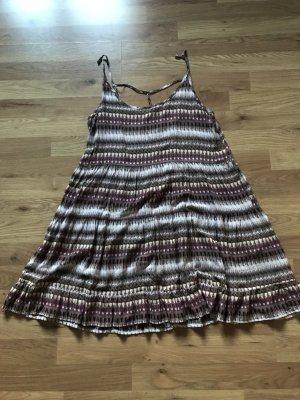 A-Linien-Kleid mit tiefem Rückenausschnitt von Review in M