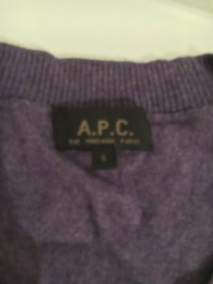 A.P.C. Cardigan lila, schlicht aber dennoch nicht Standard, Größe S