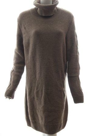 A.R.Q Strickkleid beige Street-Fashion-Look