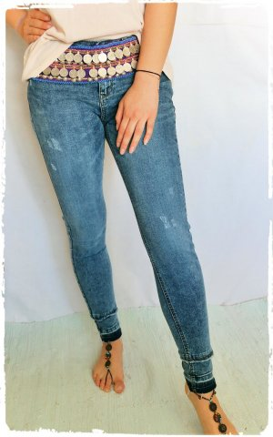A Skinny is A Skinny Jeans Esprit VK 60€