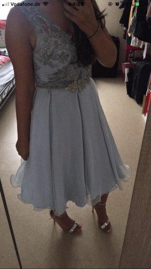 vestido de globo azul celeste