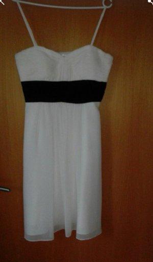 100 Robe de soirée blanc-noir