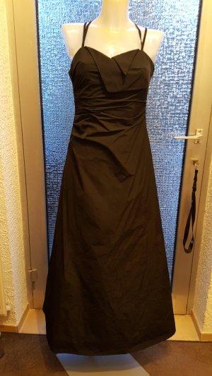 Abendkleid / Abschlußkleid mit Tüllunterrock