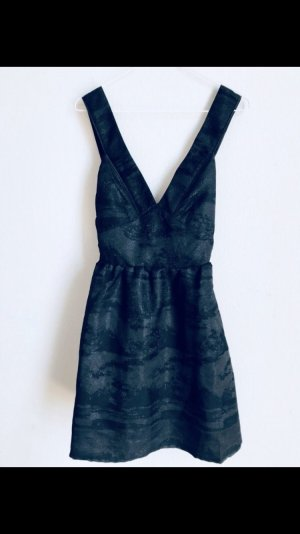 Abendkleid / ausgestelltes Kleid schwarz 38/M mit Rückenausschnitt