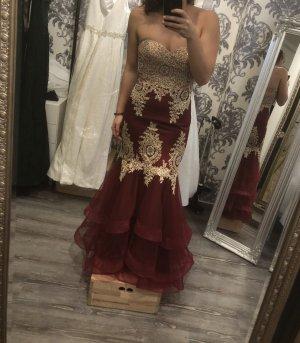 Romeo & Juliet Couture Abito da ballo carminio