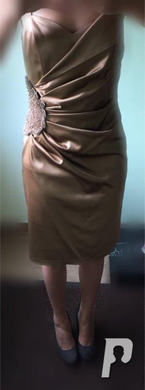 Ashley Brooke Vestido de noche color oro