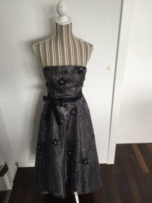Abendkleid in grau / schwarz
