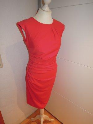 Abendkleid Kleid Cocktailkleid Sommerkleid RINASCIMENTO rot figurbetont Größe 36 gerafft Fältchen enganliegend