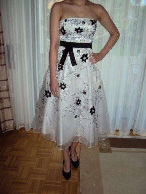 Abendkleid mit Blütenstickerei für Standesamt / Verlobung Gr. 36