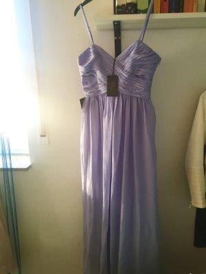Abendkleid mit V-Ausschnitt