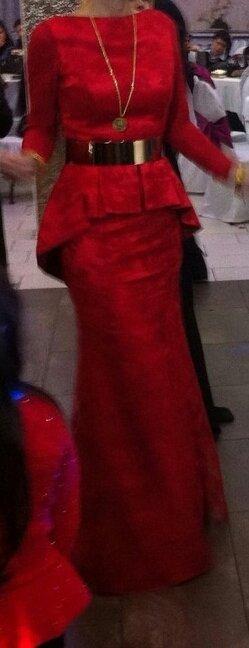 Abendkleid rot mit Spitze, Gr.36