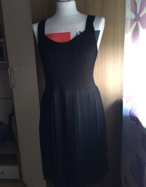 Abendkleid, schwarz, M