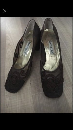 Chaussure à talons carrés brun foncé-brun