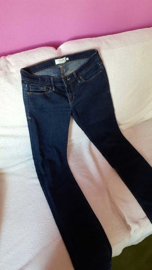 Abercrombie and Fitch ❤ dunkle Jeans