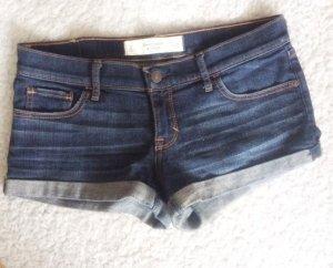 Abercrombie & Fitch A&F Jeans Shorts Hotpants knapp heftig tief W26 2