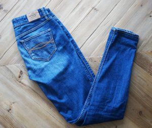 Abercrombie & Fitch A&F Skinny Jeans blau sexy bequem Hollister weich 0R W25 L29